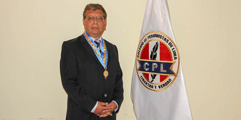 Ricardo Burgos, Decano del Colegio de Periodistas de Lima